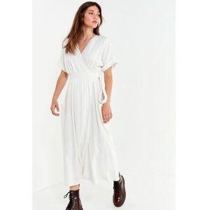 Urban Outfitters Gabrielle Linen Wrap Dress Sz M